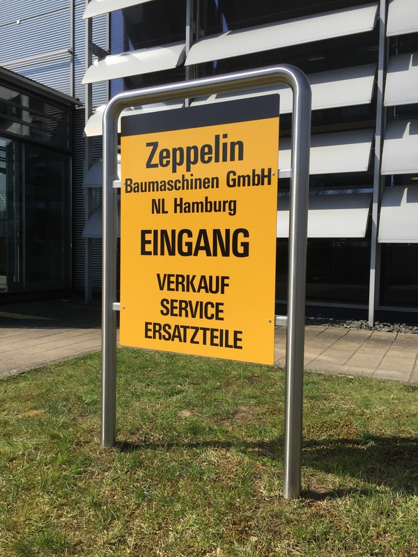 Big zeppelin standschild