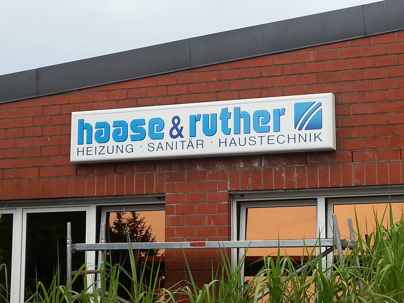 Big haase   ruther leuchtschild 1